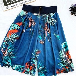 Zara W&B Collection Floral Culottes Shorts Size S